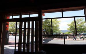 箱根百薬店内からの景色